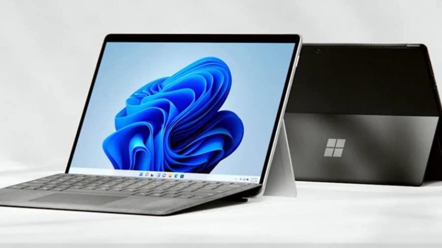 Microsoft Surface Pro 8 ufficiale: Surface Pen integrata e finalmente la Thunderbolt!