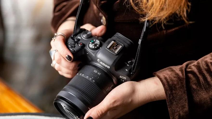Canon EOS R6 al miglior prezzo su Amazon: offerta da non perdere per i fotografi