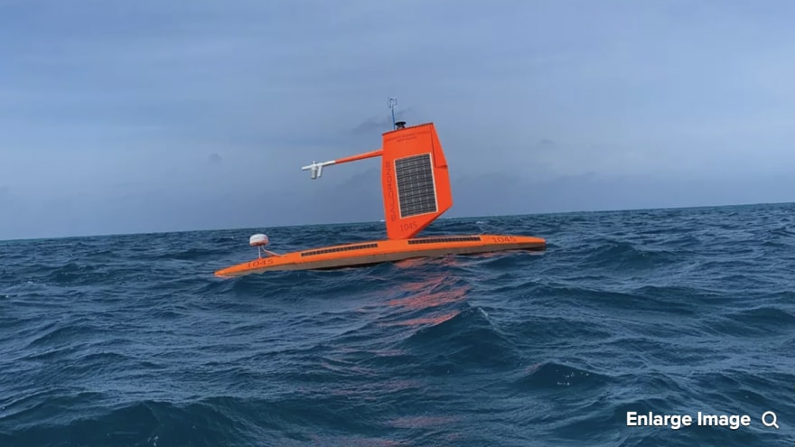 Un drone ha catturato l'interno dell'uragano Sam e le immagini restituite sono spaventosamente spettacolari