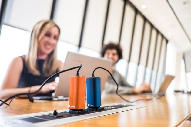 Dart, il caricabatterie per laptop più piccolo del mondo