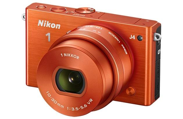 J4, la nuova compatta ultraveloce di Nikon