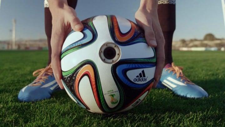 Brazucam, la telecamera dentro il pallone dei Mondiali di Calcio 2014