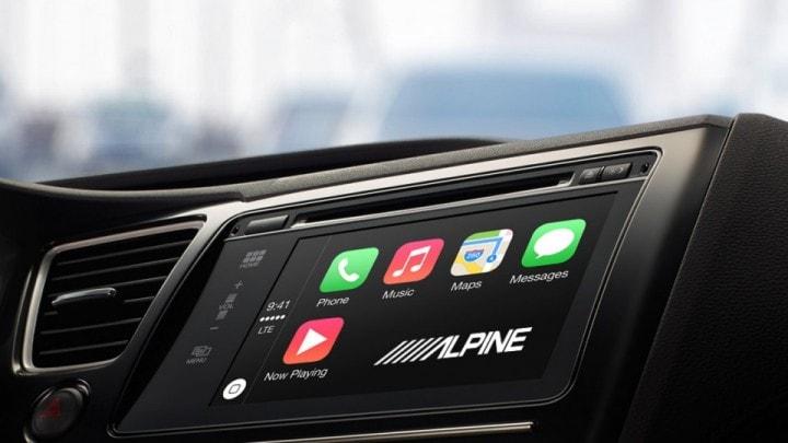 Alpine porterà CarPlay in ogni auto?