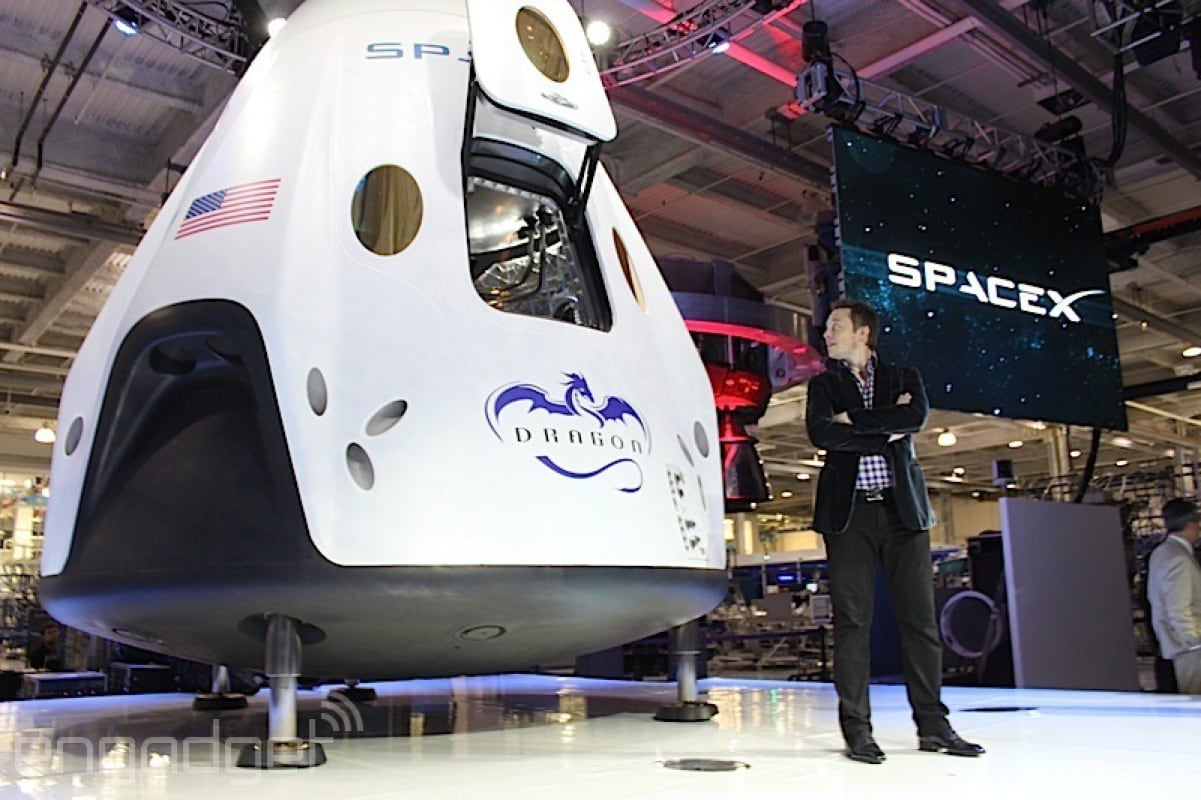 SpaceX Dragon V2: un nuovo modulo per i trasporti spaziali ...