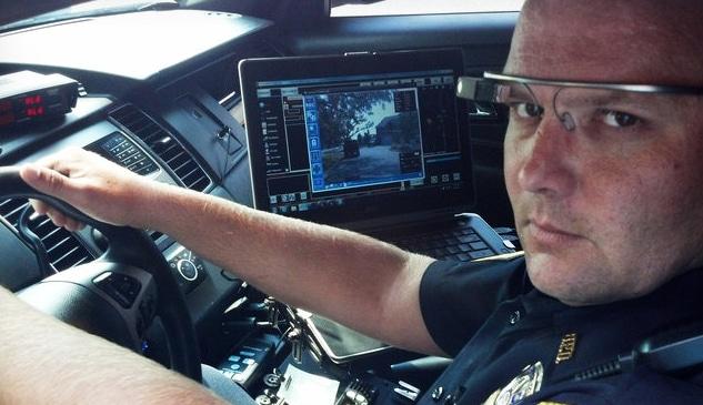 La polizia di Dubai usa i Google Glass
