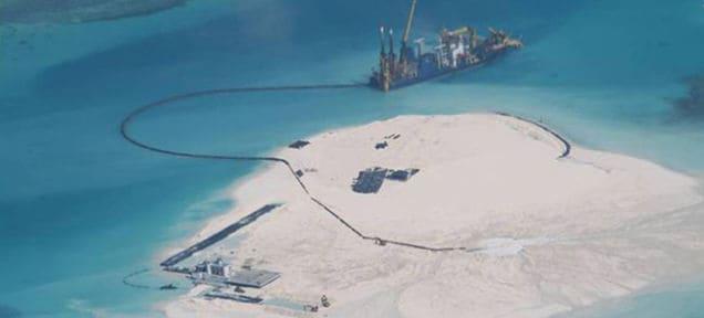 La Cina sta costruendo un'isola