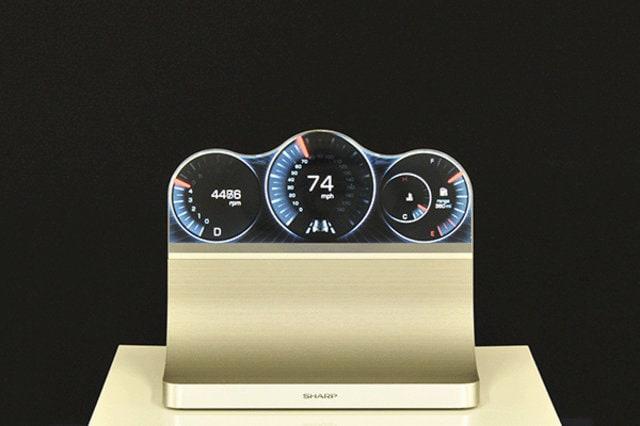 Sharp presenta dei display senza limiti di forma