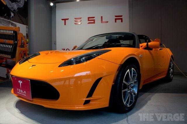 """Tesla rende i suoi brevetti """"open source"""""""