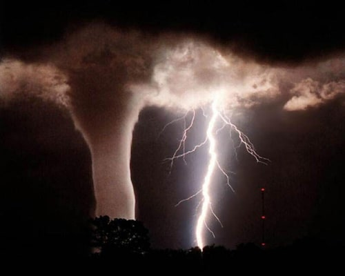 tornado-lightning-lrg