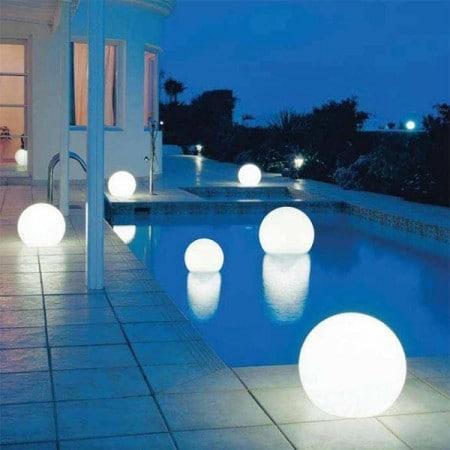 Accessori per giardino - lampade sfera galleggianti