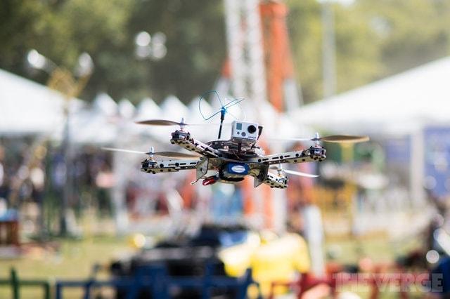 La FAA non riuscirà a regolamentare l'uso dei droni entro il 2015