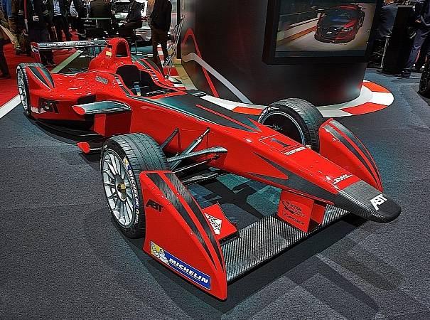 abt-brings-formula-e-car-to-geneva-live-photos-medium_4