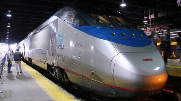 Amtrak lancia un bando per una WiFi funzionante a bordo dei suoi treni