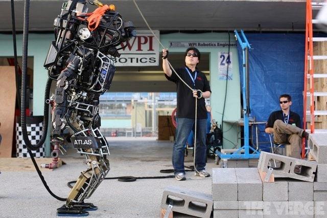 Le prime olimpiadi robotiche si terranno nel 2020