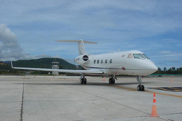 La FAA vieta ai piloti di offrire passaggi a pagamento in aereo