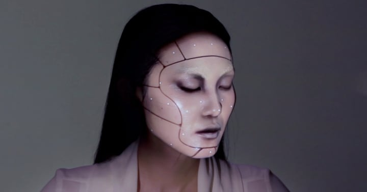 Il makeup diventa elettronico e consente trasformazioni incredibili (video)