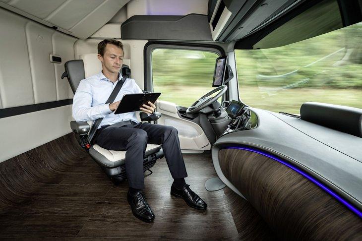 da3c05f0-4293-11e4-9d39-ad37b6b5c500_Mercedes-Future-Truck-2025-6