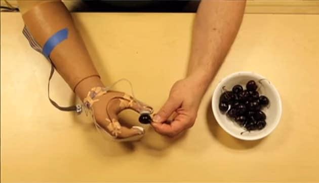 Creata la prima protesi dotata di tatto