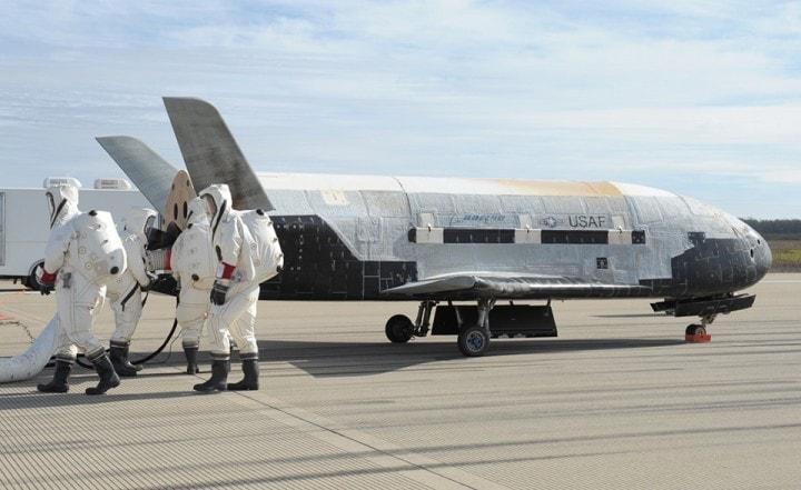 Il ritorno del drone astronave dopo due anni nello spazio in missione segreta