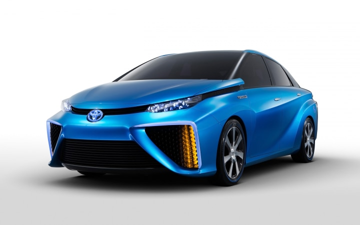 2013_toyota_fcv_concept-wide
