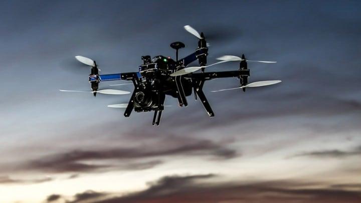 3D Robotics X8+, il drone che segue e porta la videocamera che volete voi (video)