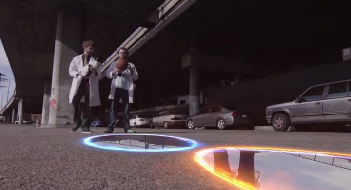 Come giocheremmo a basket se esistesse la Portal Gun? (video)