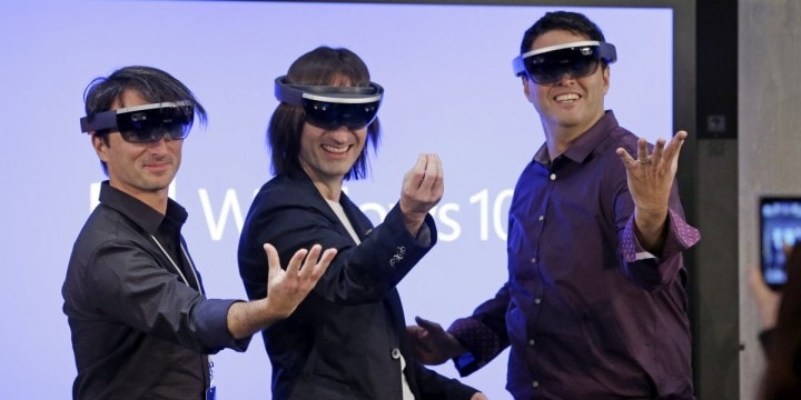 Microsoft aumenta la realtà con Windows Holographic (video)