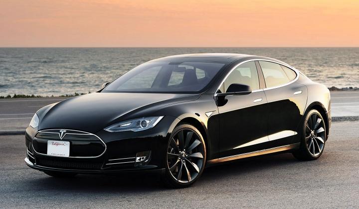 La Tesla P85D sarà ancora più veloce, grazie ad un aggiornamento software