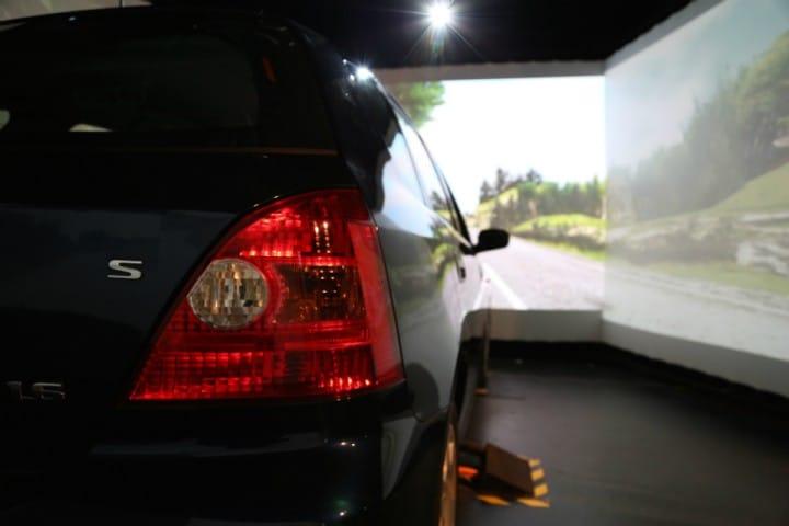 Imparare a guidare un'auto autonoma, grazie ad un simulatore
