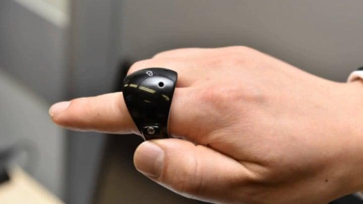 fujitsu anello indossabile fhd