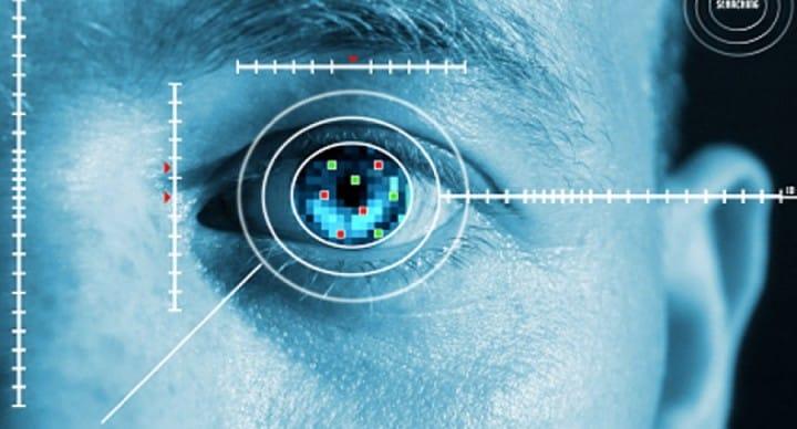 Diagnosticare patologie cardiovascolari analizzando il vostro occhio? Google ci prova (foto)