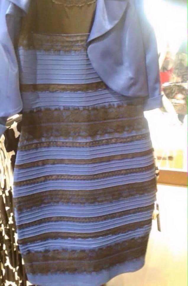 vestito colore strano