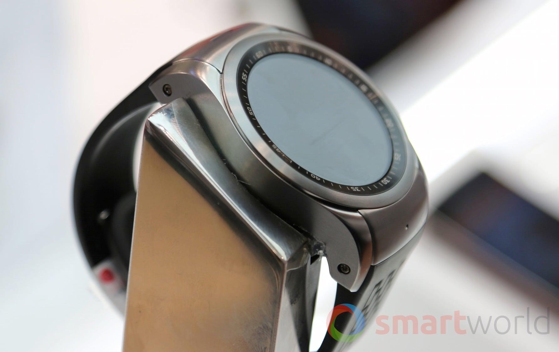 LG Watch Urbane LTE 01
