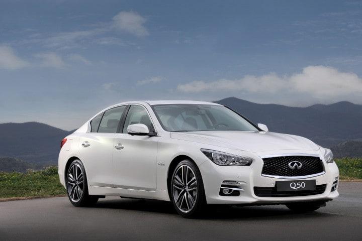 Infiniti Q50: non è un'auto a guida automatica... ma quasi! (video)