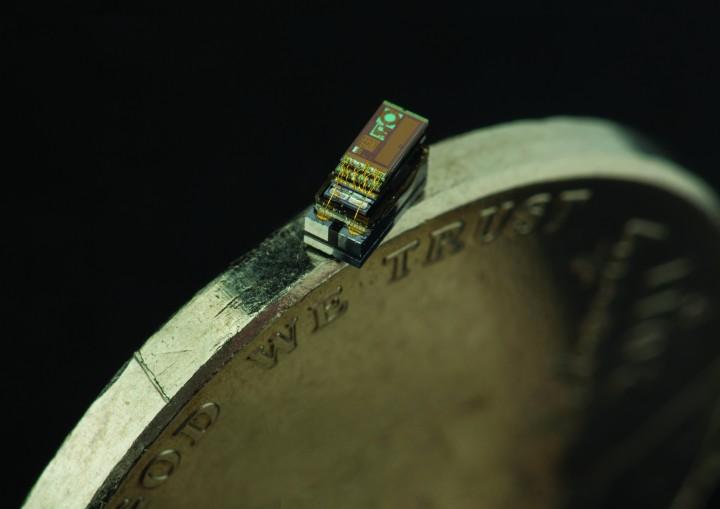 Il computer più piccolo del mondo, grande come un chicco di riso