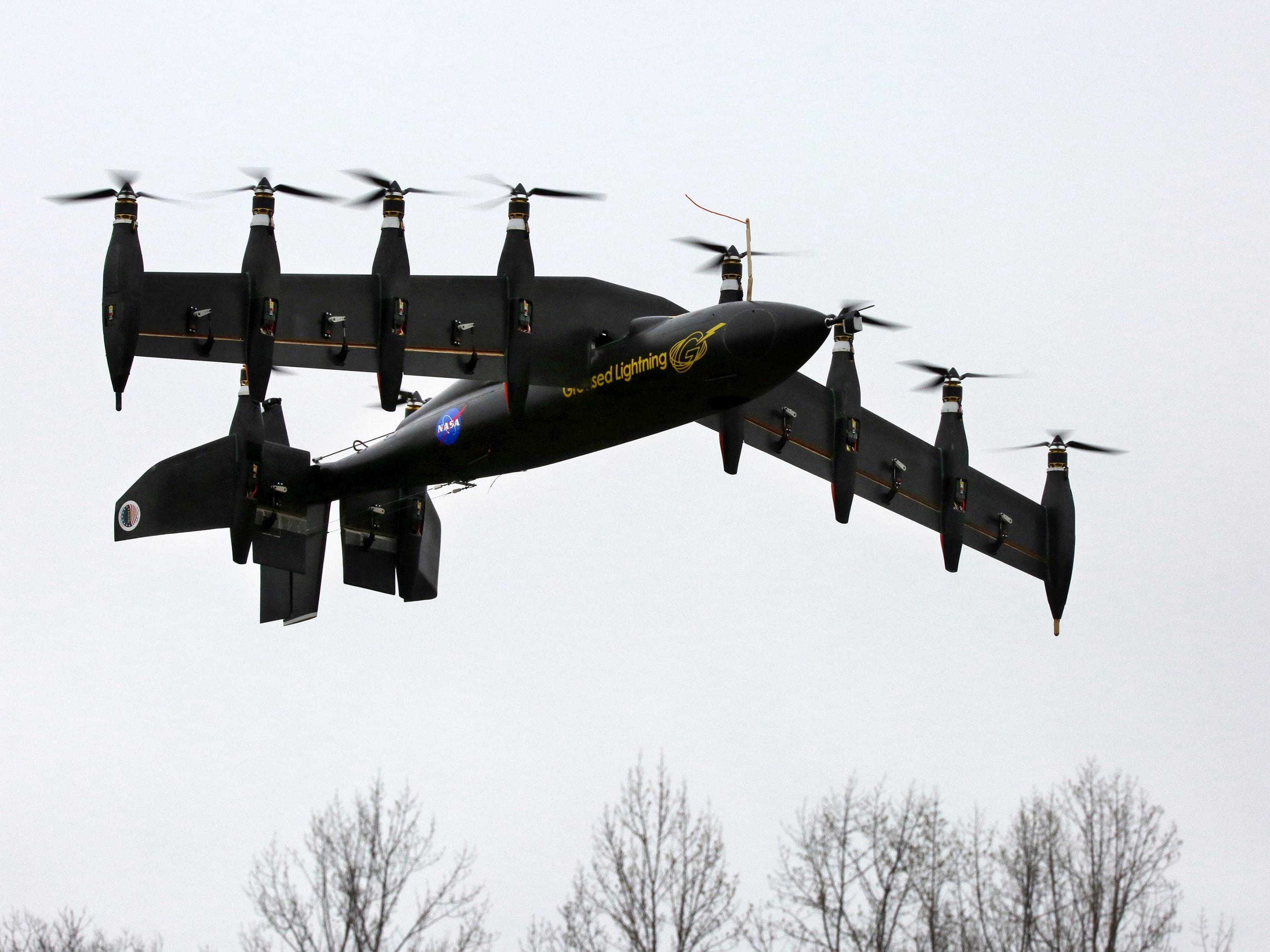 Aerei Da Caccia A Decollo Verticale : La nasa testa greased lightning un aereo a decollo