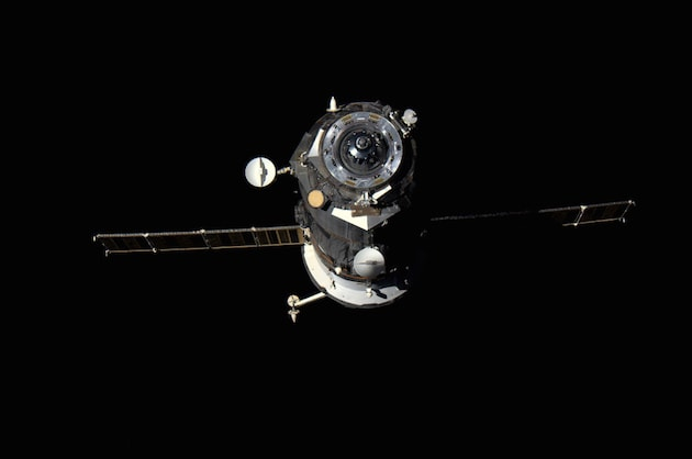 Progress_cargo_freighter_detached_from_the_ISS