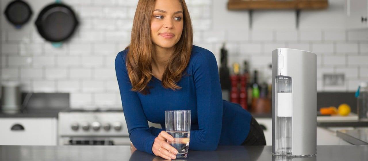 Il filtro per l'acqua smart che vi aiuta a rimanere idratati (video)