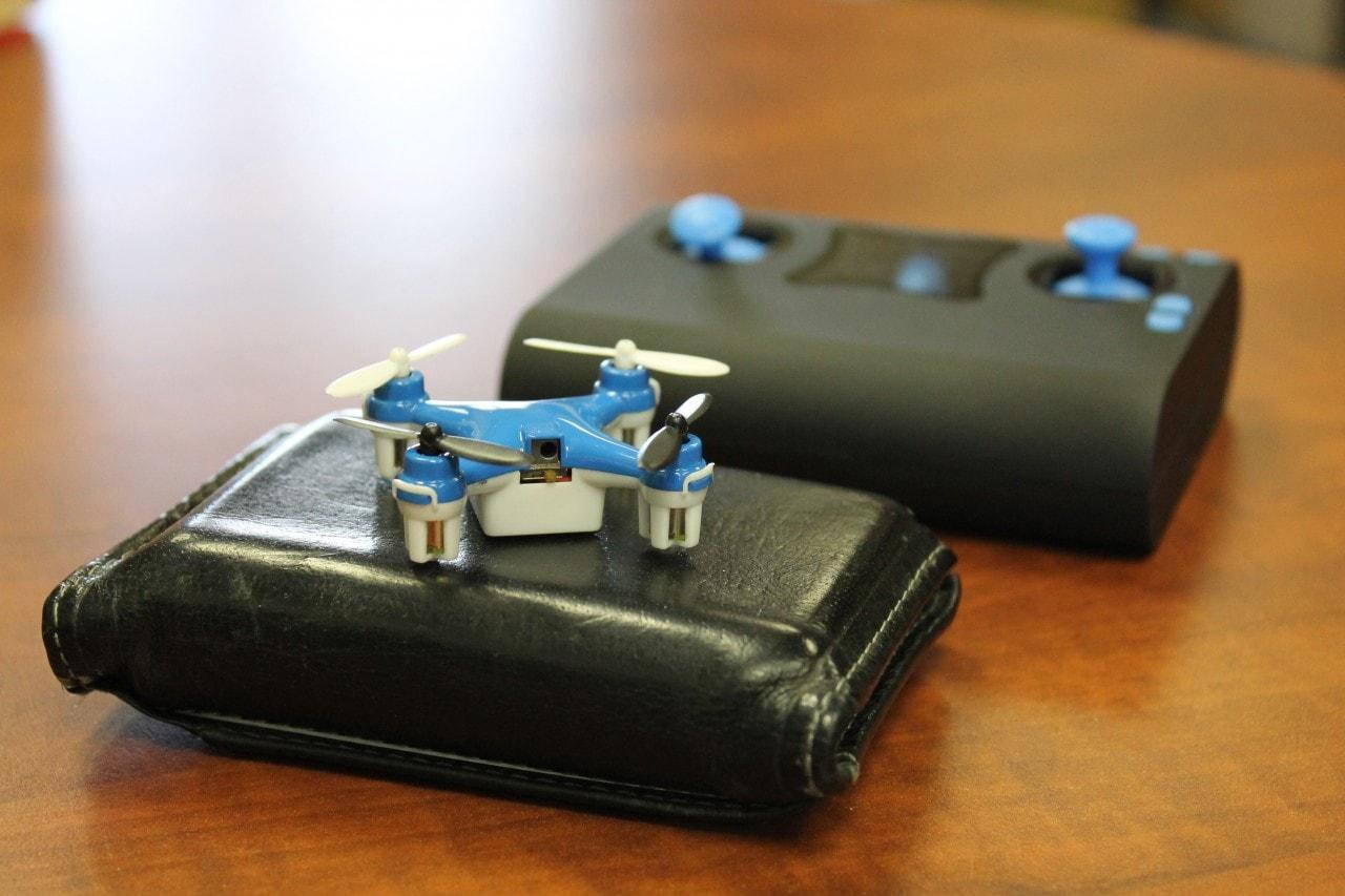 drone in tasca 2
