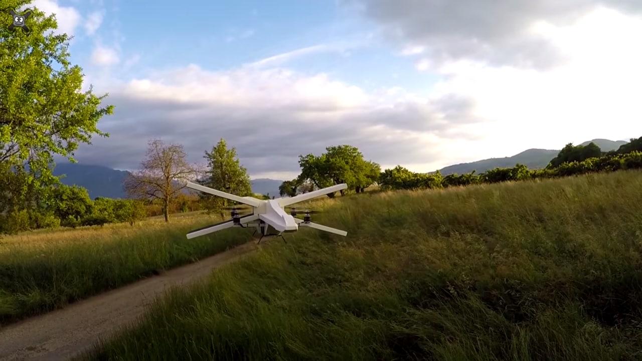 Dopo il Millennium Falcon, anche l'X-Wing diventa un drone (video)