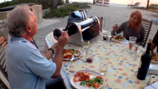 GoSun Grill, il barbecue ad energia solare per grigliare anche di notte
