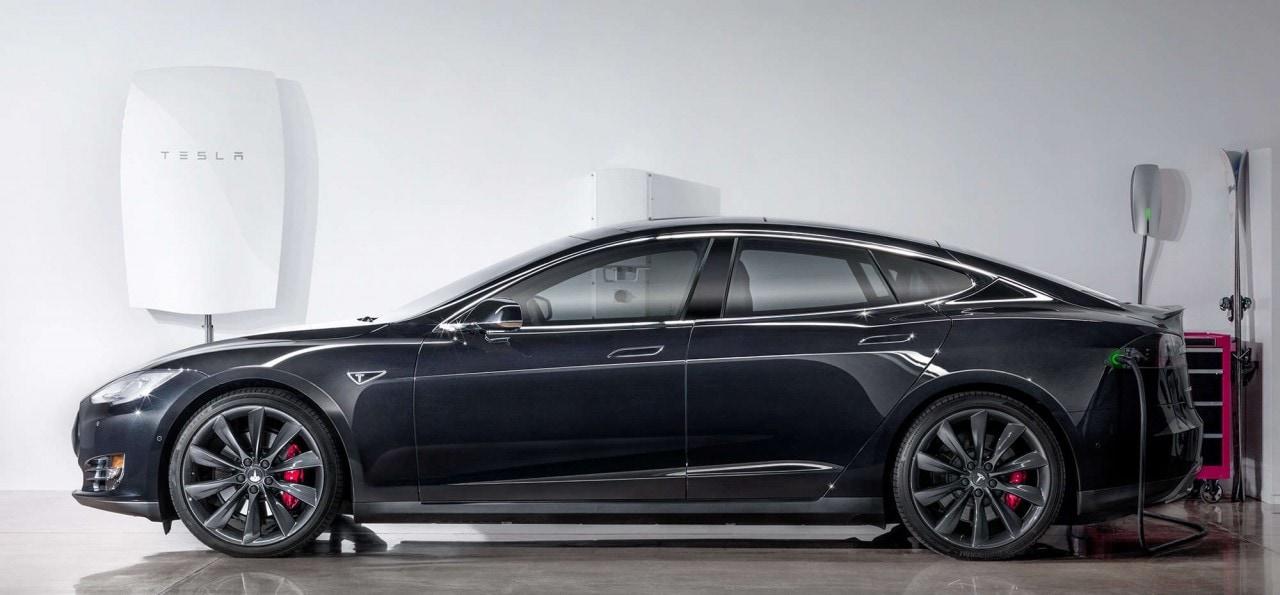 Tesla entra nel mondo dell'energia con la batteria del futuro