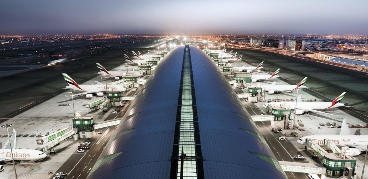 aeroporto dubai 8k