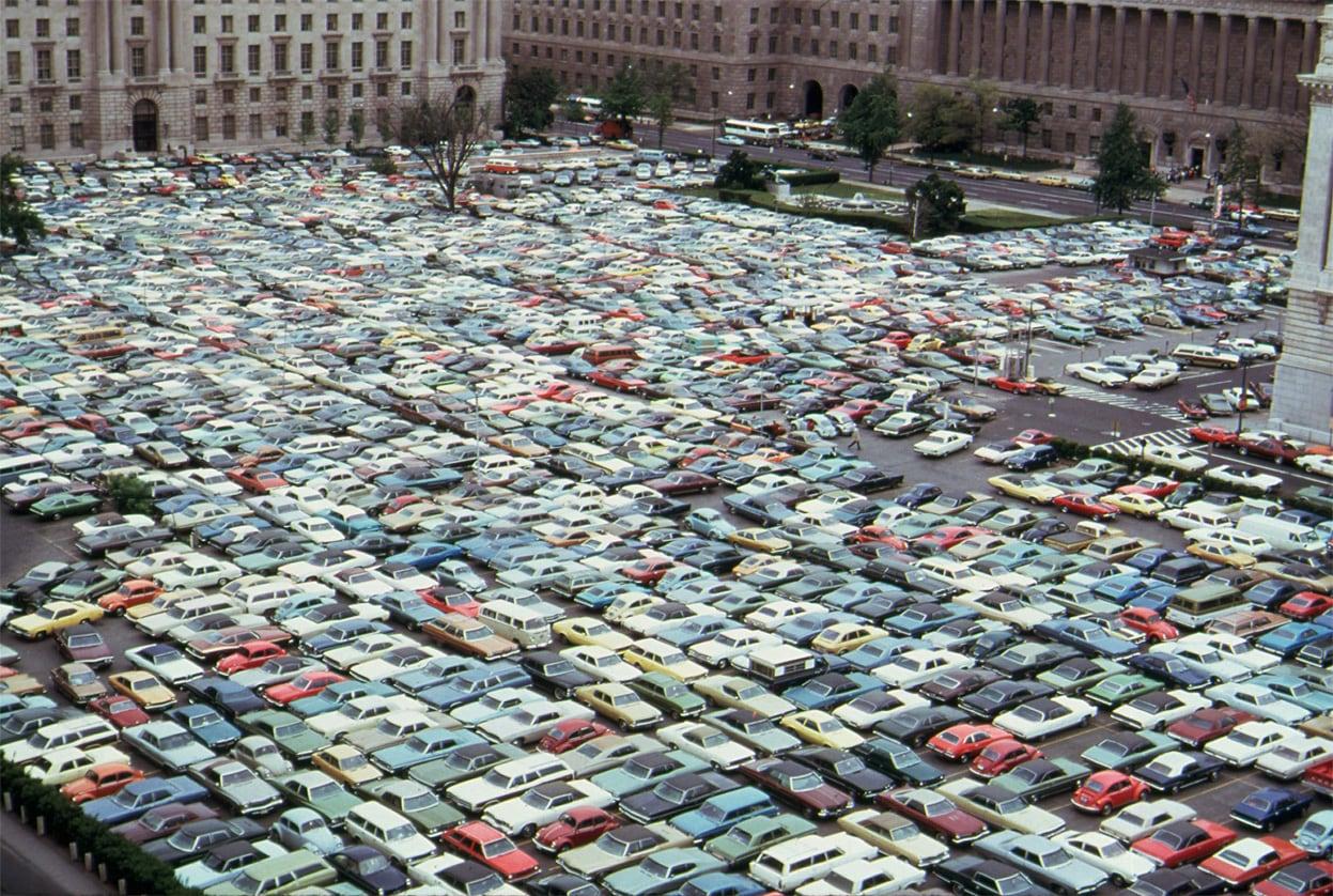 La vostra prossima BMW vi dirà dove parcheggiare