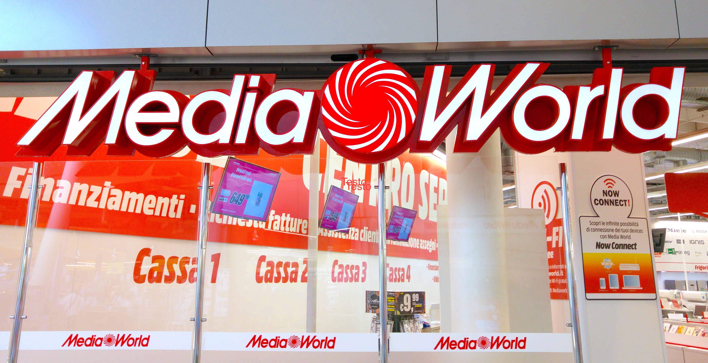 Tornano i Gigasconti di MediaWorld, offerte online su smarpthone notebook e TV