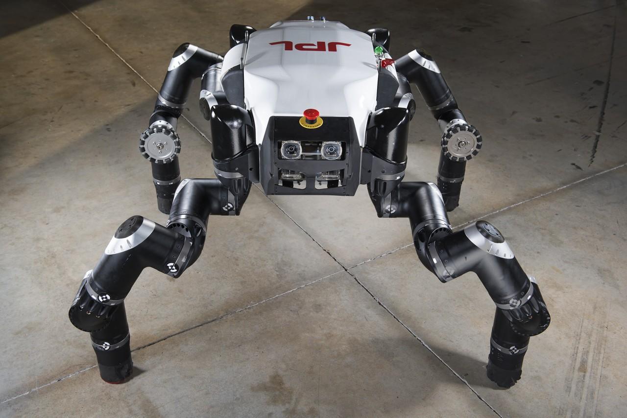 robot gorilla