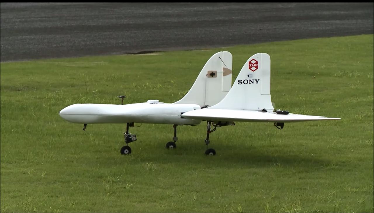 I primi droni di Sony sono dei mini-aerei che raggiungono i 170 km/h (video)