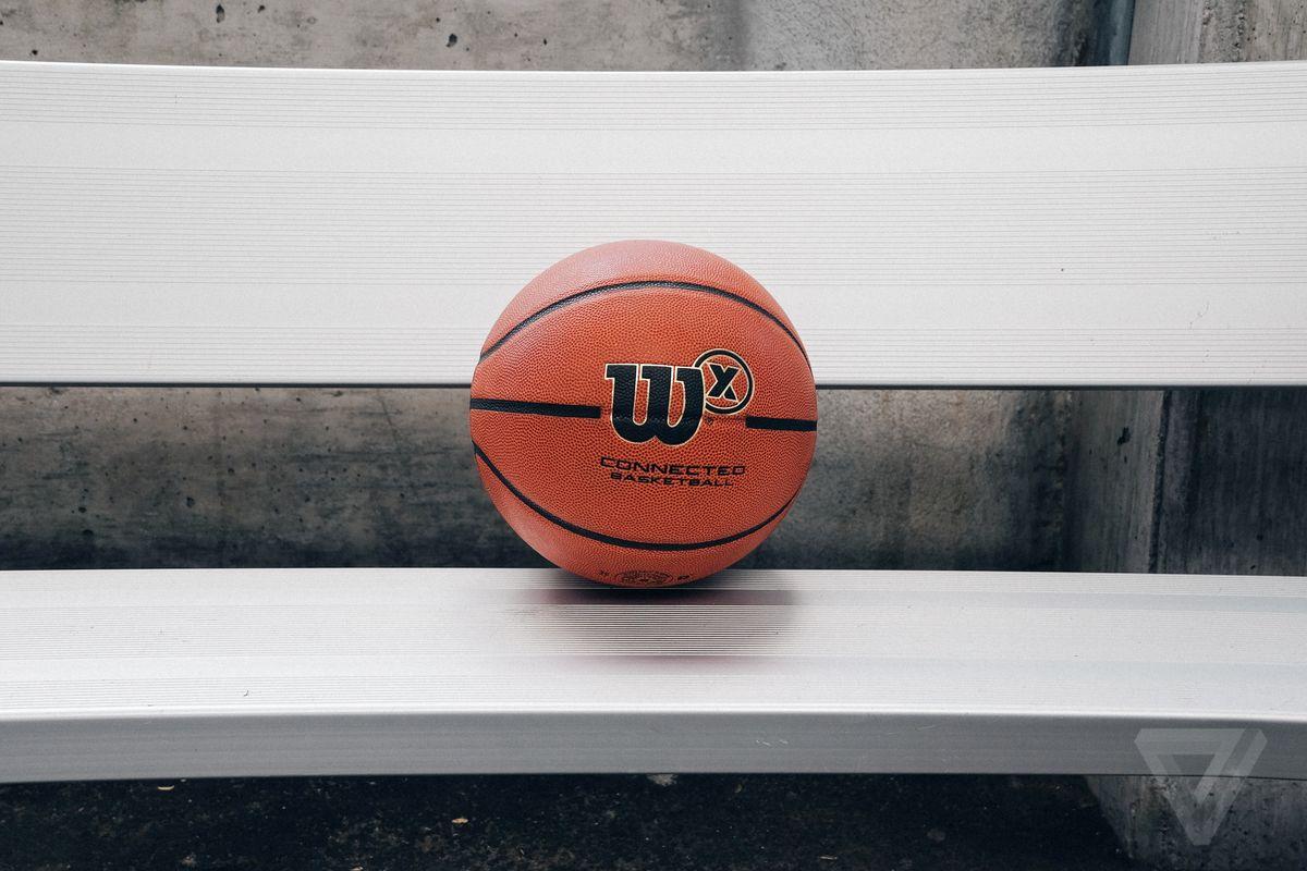 Wilson X: la palla da basket smart che vi trasformerà in campioni