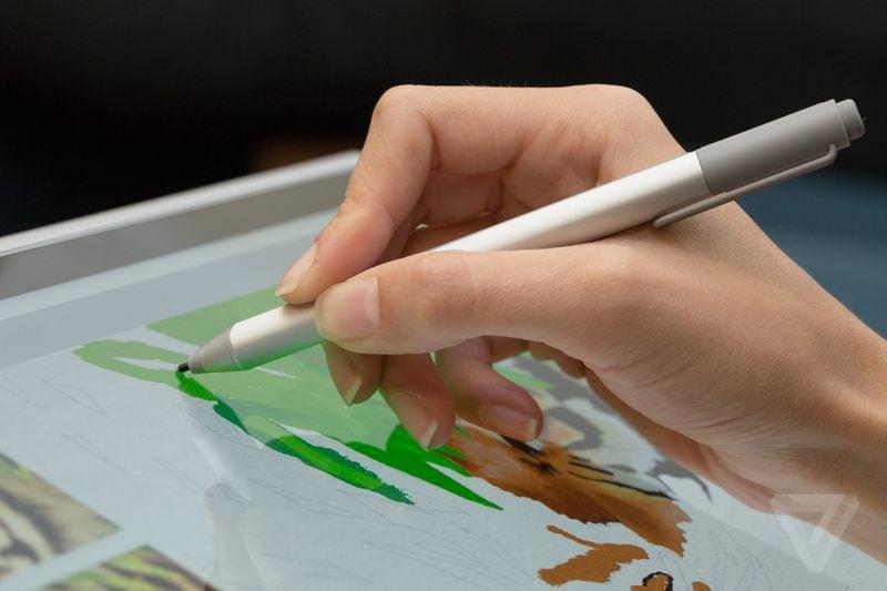 Microsoft Surface Pen: dal web un breve focus sul pulsante della penna smart (video)