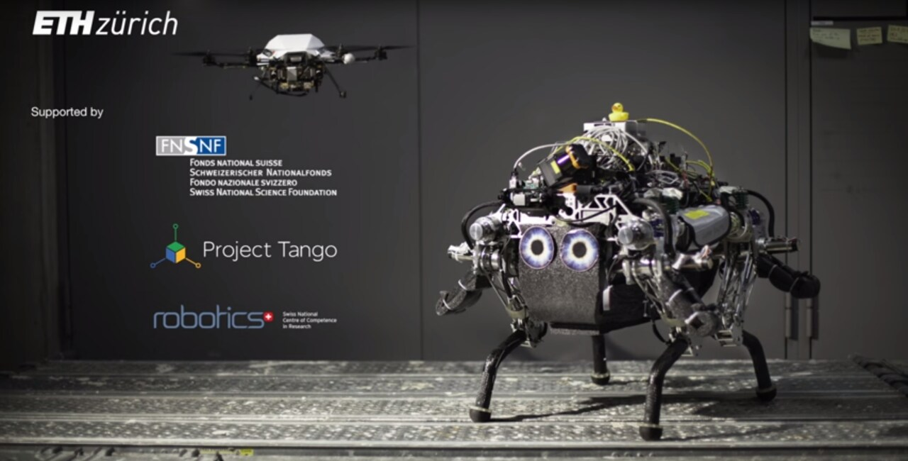 due droni si aiutano
